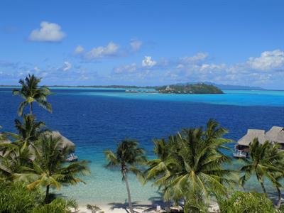 Island view rooms Polynesia - Courtesy of www.bora.hotelmaitai.com